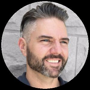 جیسون اوگل، بنیانگذار و مدیر مجموعه User Defenders podcast