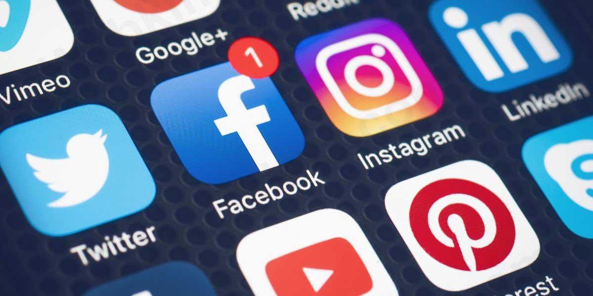 ادمین شبکههای اجتماعی یکی از شغلهای پردرآمد و عالی
